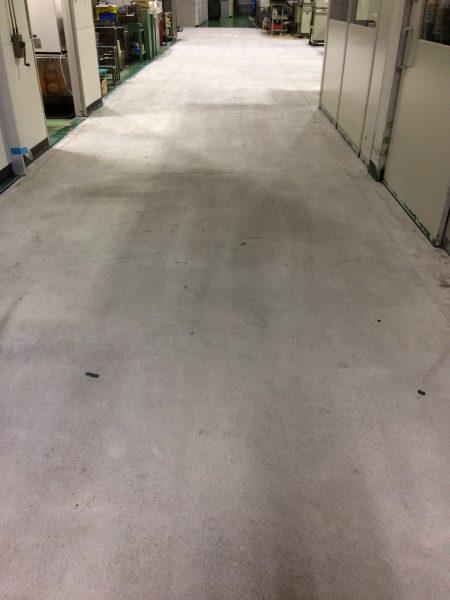 塗装前の床